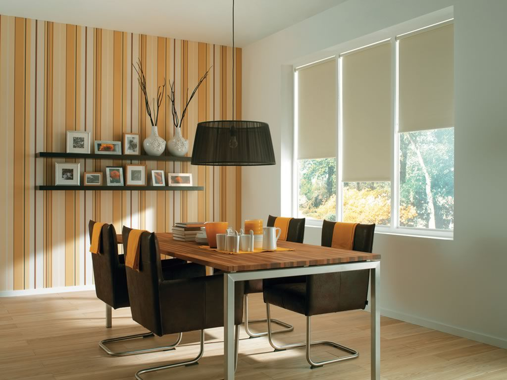 Roller blind en color blanco